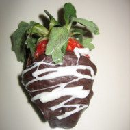 Tempering chocolate in microwave and Chocolate covered Strawberries