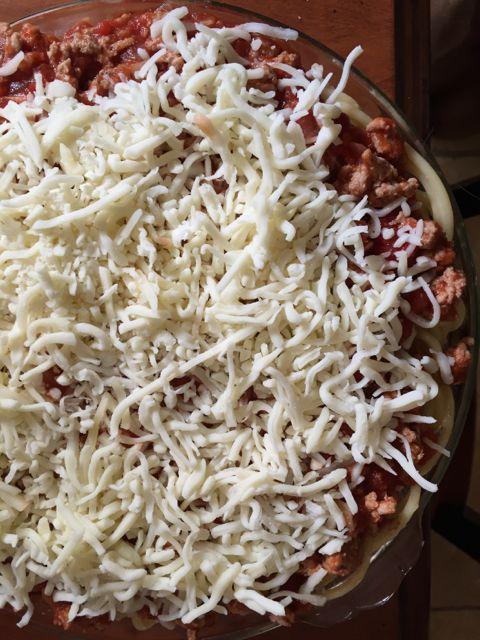 spaghetti-pie-cheese