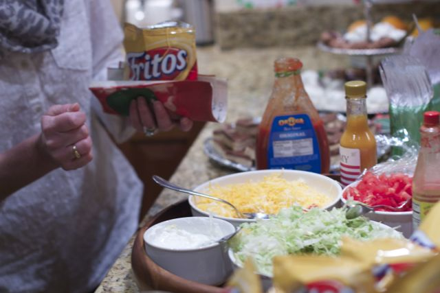 Simple Walking Tacos Party --Tacos for A Crowd