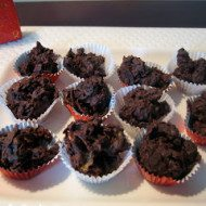 Easy Chocolate-Cherry Clusters