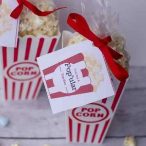 Inexpensive DIY Valentine's Day Popcorn Teacher Gift Idea