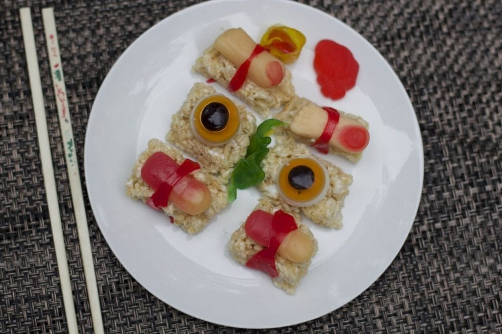 Creepy Halloween Food Ideas: Candy Sushi Idea