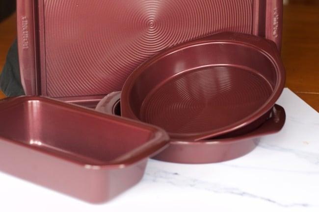 Circulon Bakeware Nonstick 5-Piece Set, Merlot