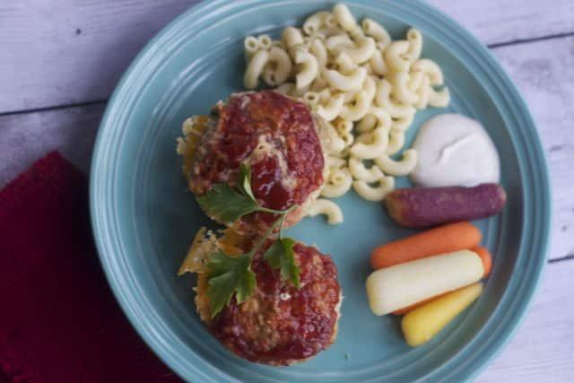 cheese-stuffed-mini-meatloaves-8