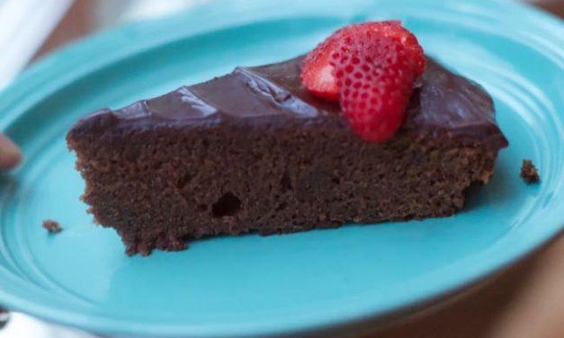 How To Make a  Flourless Chocolate Cake (Ina Garten Style)