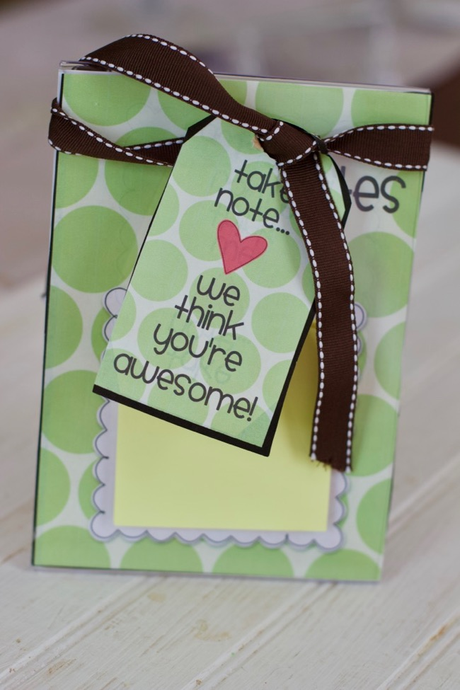 Teacher appreciation week ideas post it note holder