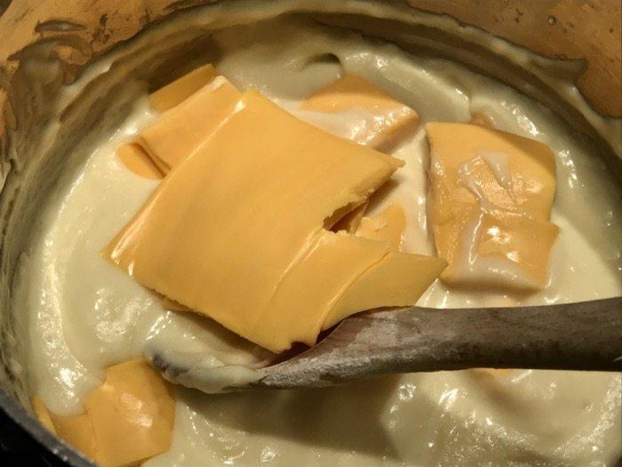 Mickey's Mac and Cheese -A Disney Cruise Recipe