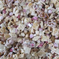 Valentine's Day Recipe- Cereal Mix AKA CUPID LOVE MIX