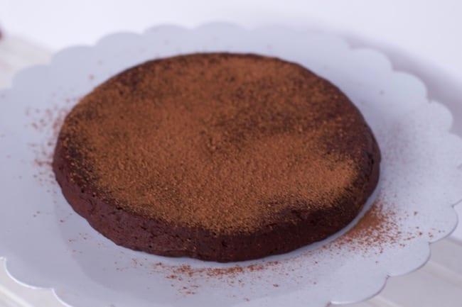 5 ingredient Flourless Chocolate Cake Recipe