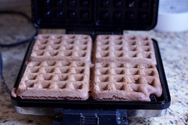 belgium-waffle-maker