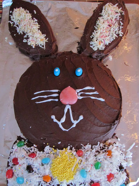 How to Make A Bunny Cake Using a Cake Mix