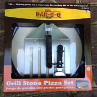 Grilling Pizzas–Great fathers day gift idea