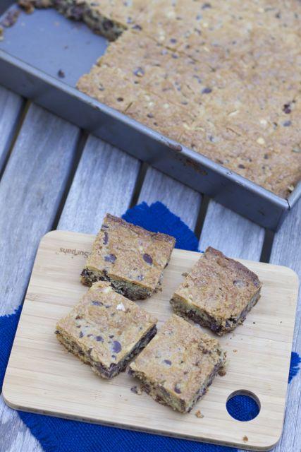 chocolate chip bars ina garten blondies recipe
