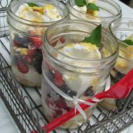 Berry Cheesecake Recipe in a Jar