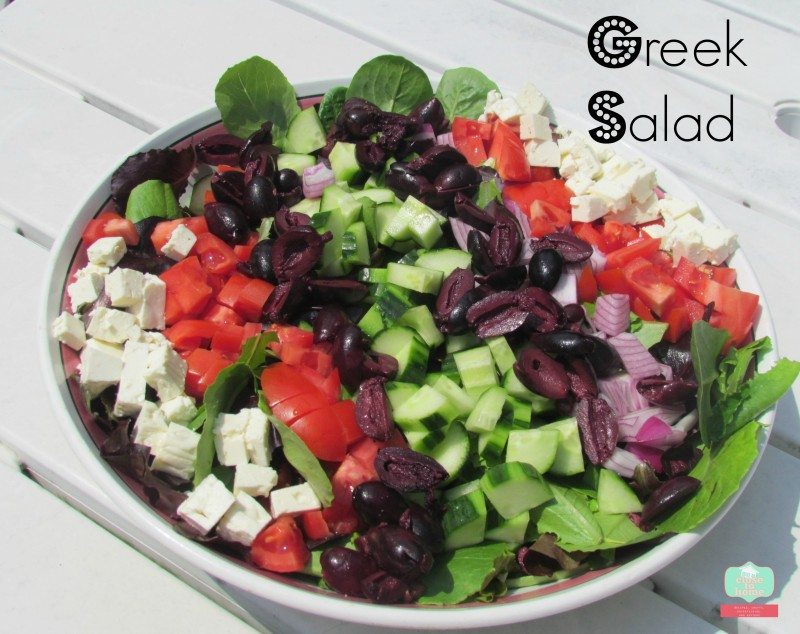 greek salad crowd