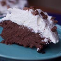 Creamy Milk Chocolate Pudding Pie