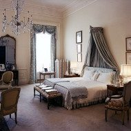 Make Your Bedroom Your Sanctuary–#FallDecoratingtips