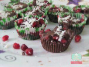 chocolate pomegranate bites1