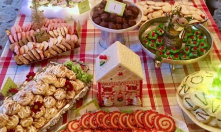 How to Host The Best Cookie Exchange Party