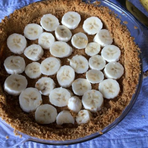Bananas Foster coconut Pudding Pie
