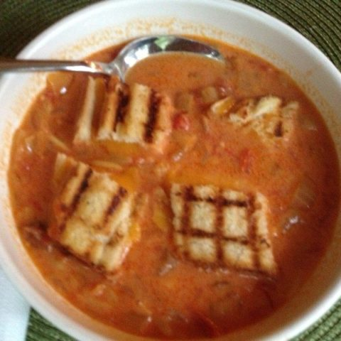 Easy Tomato soup with grilled cheese croutons