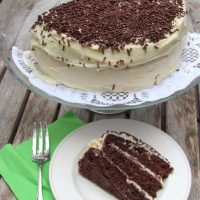 Delicious Chocolate Layer Cake Recipe with Cream Cheese Frosting