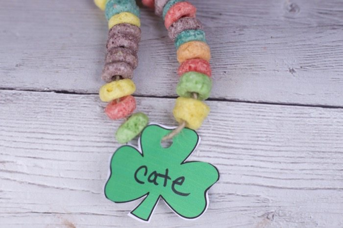 Fun St Patricks Day Crafts for Kids Shamrock Necklace