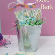 Easter Oreo Bark Recipe