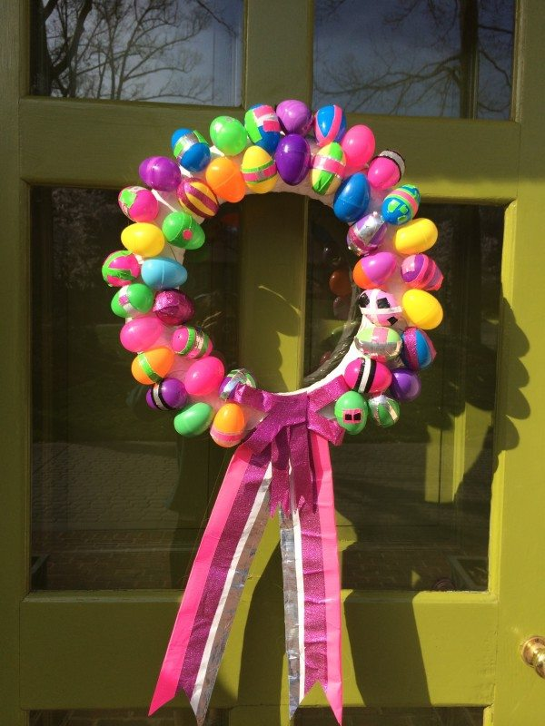 How to make a Duck Tape Easter Wreath