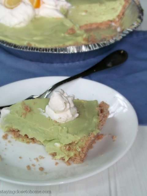 Avocado-Key-lime-pie
