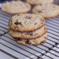 Amazing Chocolate Chunk Peanut Butter Cookies Recipe