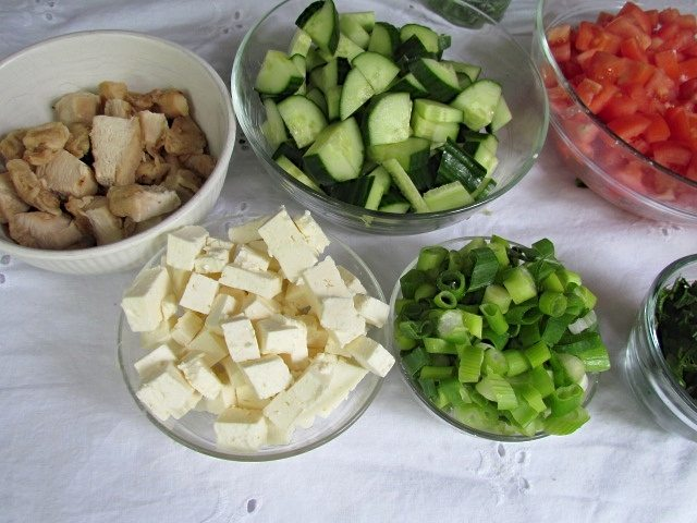Make-your-own-salad-night