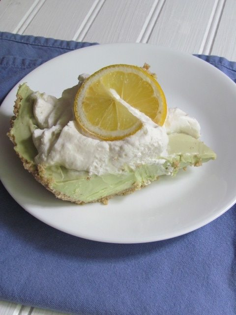 lime-avocado-pie
