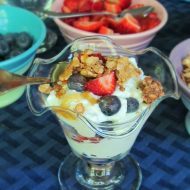 Berry and Greek Yogurt Parfait Bar Recipe