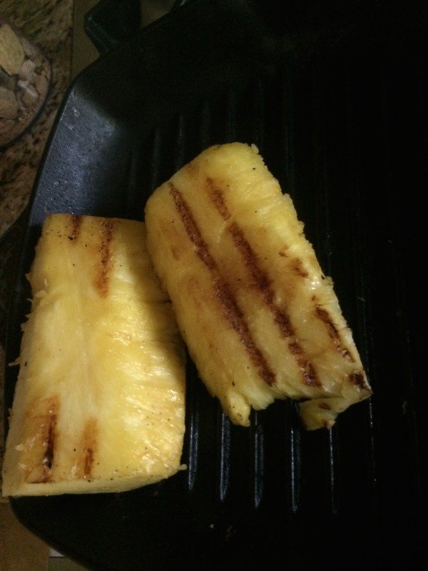 grilling-pineapple