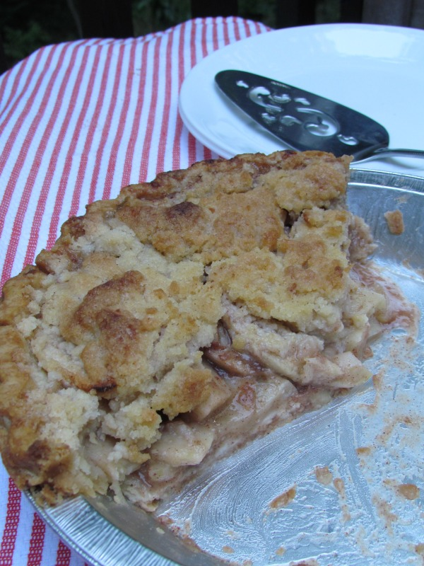 apple-crumble pie in an hour