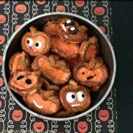 Fun and Delcious Halloween Treats:  Pumpkin Pretzels