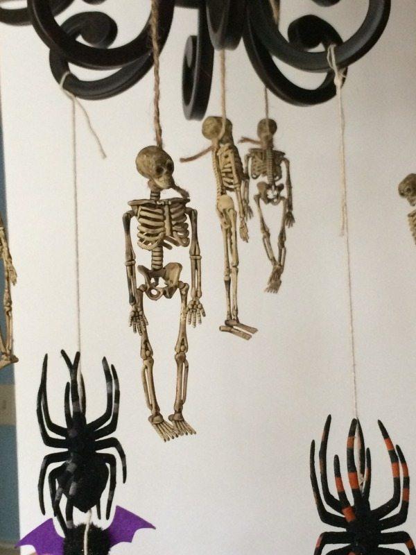 inexpensive-halloween-decor