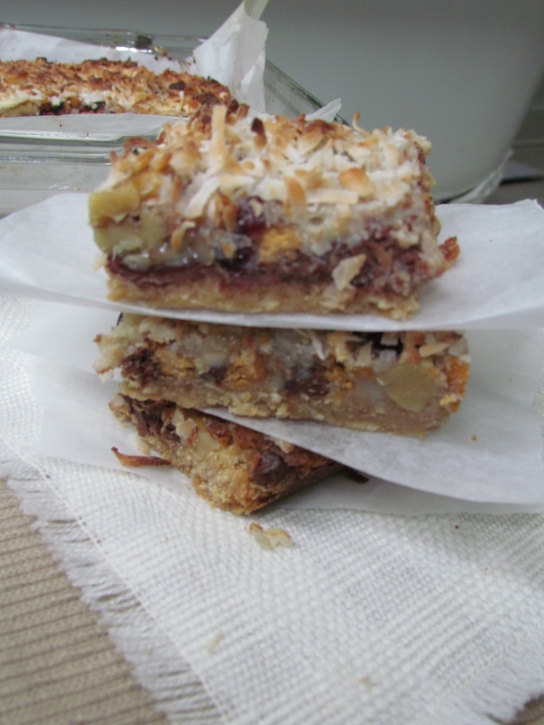 Gooey Layered Magic Cookie Bars Recipe