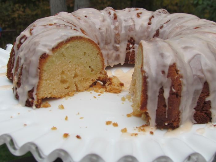 7UP pound cake recipe Low Fat Pound Cake Recipe using Sunkist and 7UP Ten