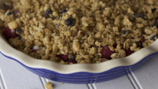 Gluten Free Dessert Recipe: Peach and Blueberry Crisp