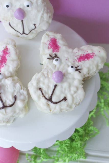 easter-bunny-treats Easter Rice crispie Treat Idea