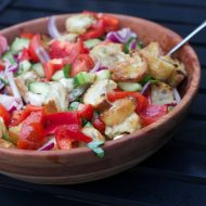 Perfect Italian Salad Recipe: Panzanella salad