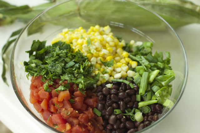 Black Bean Salad with Fresh Corn is a great addition to any weekend barbecue, or as a side to your favorite grilled burger or chicken!