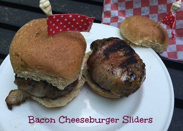 Summer Dinner Ideas like these Bacon Cheddar Sliders are the ideal choice for your next weekend barbecue event!  We love easy summer dinner ideas for parties!