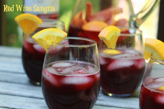 Summer Fruity Drinks: Easy Sangria Recipes