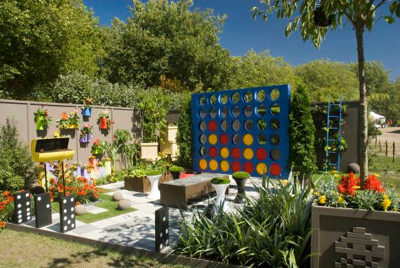 How to make your backyard a paradise for your kids!
