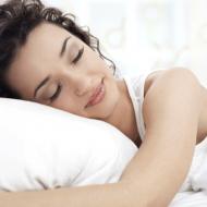 How to Sleep Better for Better Skin