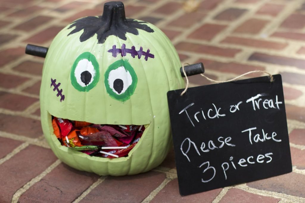 How to Make a Frankenstein Pumpkin Candy Holder