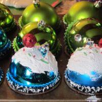 DIY Cupcake Christmas Ornament Tutorial